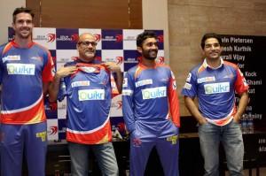 Delhi Daredevils unveils new Jersey